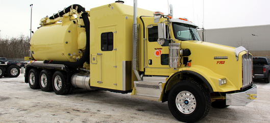 We at Edmonton Kenworth sell many Kenworth T800 vac trucks in all kinds of configurations. Below you will see several prime examples of trucks we have built and sold.
